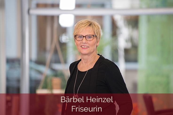 Haarscharf-Kleve-Mitarbeiterin-Baerbel-Heinzel-Friseurin-736x491