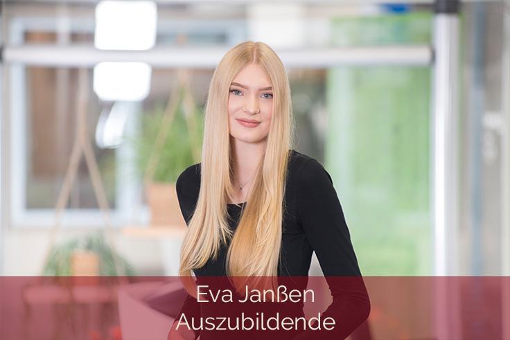 Haarscharf-Kleve-Mitarbeiterin-Eva-Janssen-Auszubildende-736x491
