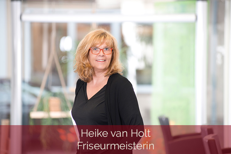 Mitarbeiter-Heike-van-Holt-Friseurmeisterin-736x491